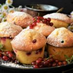 muffins, cake, currants